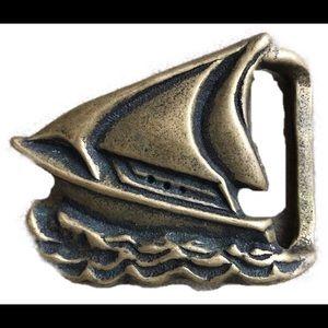Accessories - Vintage sailboat belt buckle